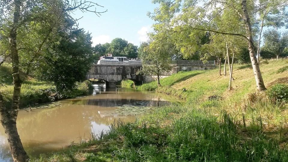 Pont Canal à Mingot